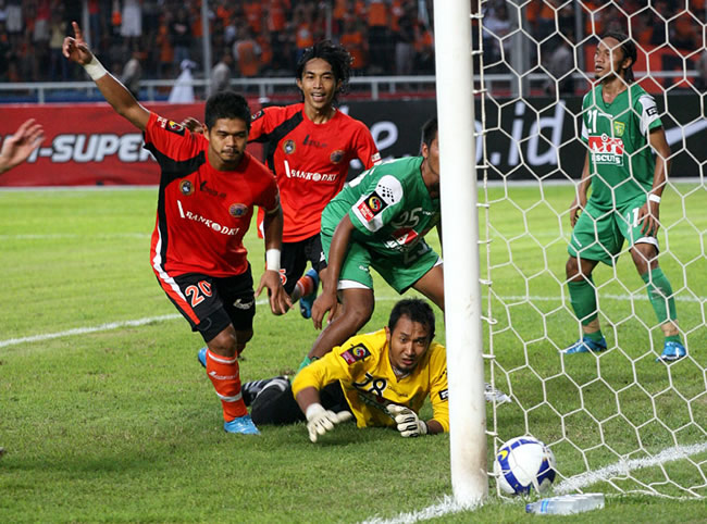 Sepuluh Pemain Terbaik Persib-Persija